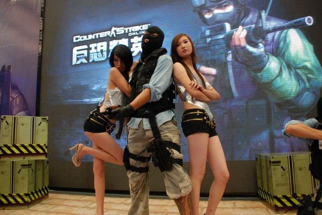 《反恐精英online》中文版今日正式公布